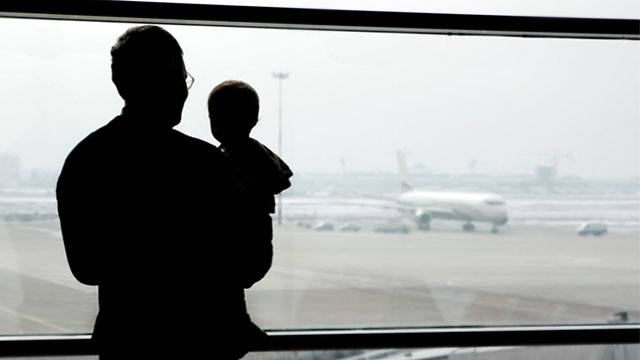 How to Make Parenting as an OFW Work: Experts Say Heed These Tips