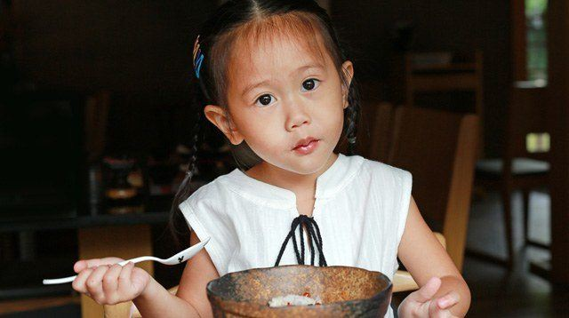 10 Etiquette Lessons Every Pinoy Child Should Know
