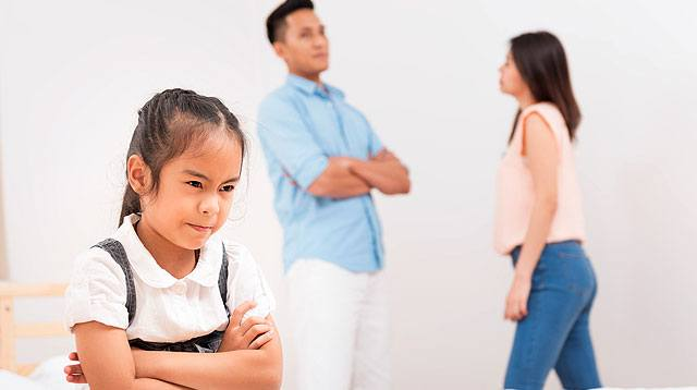 The Emotional Damage Your Child Experiences When You and the Hubby Fight
