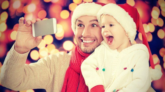 9 Tips for a Device-Free(ish) Family Holiday