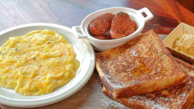 This Family Home-Turned-Resto Serves All-Day Breakfast Just the Way You Like It