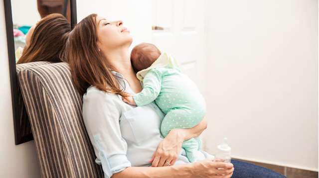 How to Deal With Back, Neck, and Wrist Pain From Taking Care of Baby