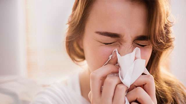 Do Not Stop Yourself From Sneezing! It Is Dangerous as One Man Discovered