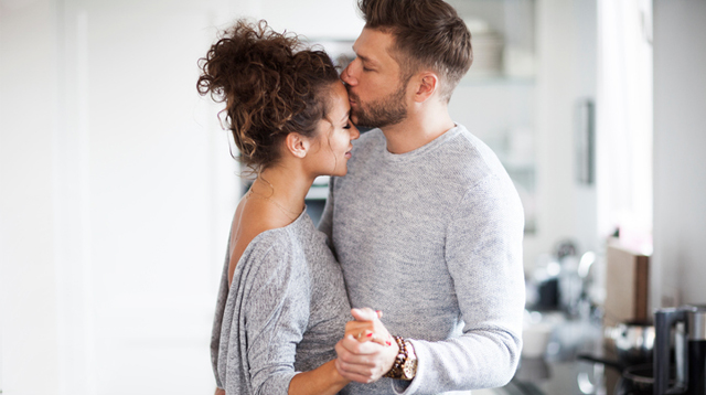 25 Sweet, Simple Gestures That Will Make Your Wife Swoon Any Day