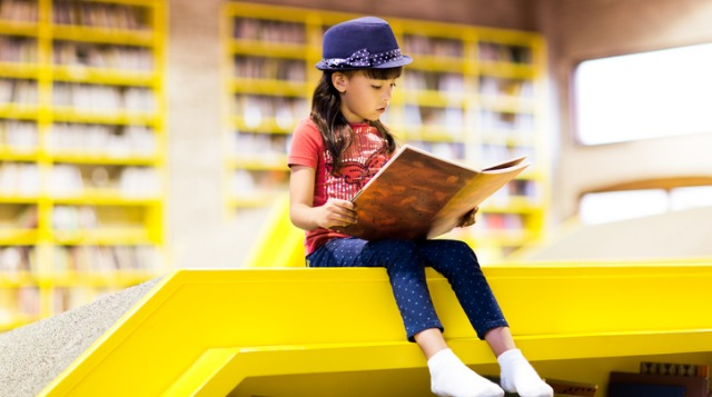 How Can Your Child Learn to Read? Buying Her Books Isn't Enough