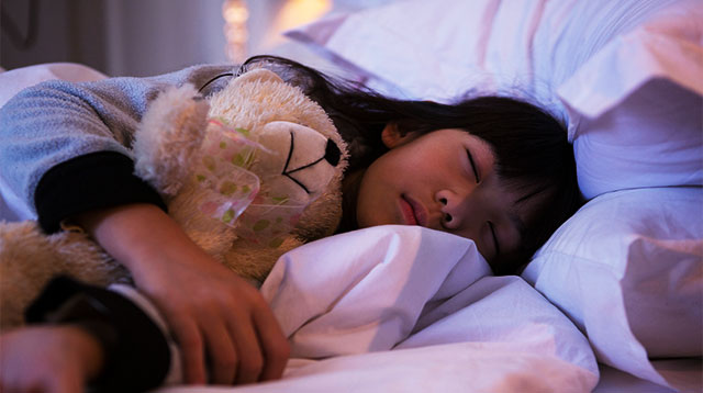 Bright Lights in Your House Are Preventing Your Child to Sleep Well