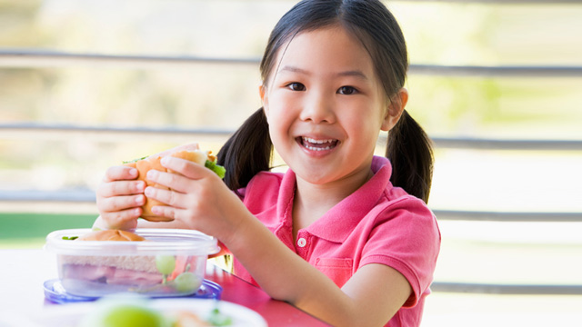 5 Super Easy Tips to Make Sure Your Child Will Eat Her Baon