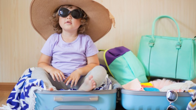 Traveling With a Toddler: 12 Expert Tips What to Pack and Leave Behind