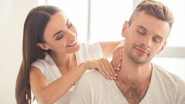 These Erotic Massage Techniques Guarantee Better Sex
