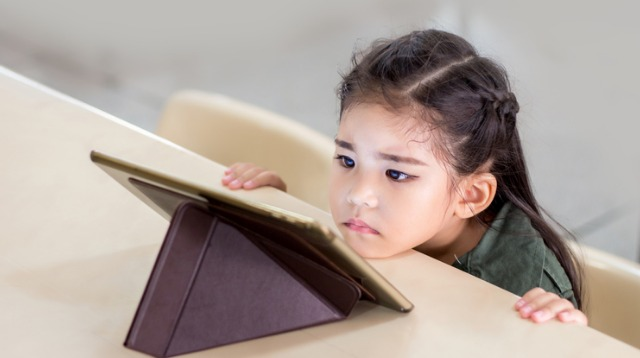 Ever Try to Pry a Tablet From Your Child? 5 Ways to Avoid a Tantrum