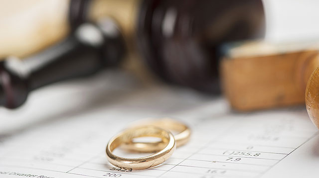 Supreme Court Recognizes Divorce for Filipinos With Foreign Spouses