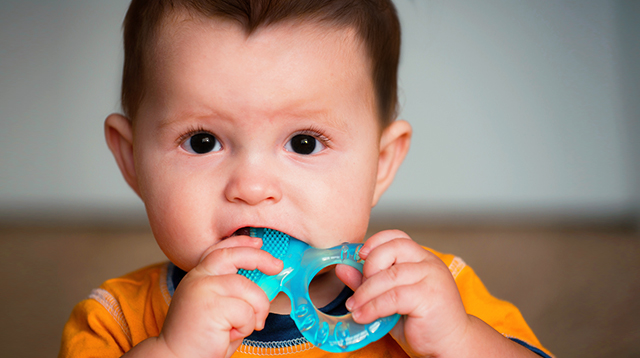 How to Relieve Teething Pain for Your Baby (Don't Use Teething Gels)