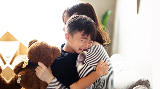 Affection Will Never Spoil Your Child, So Hug Him Even When You Need to Discipline