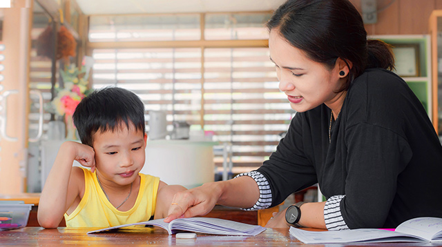 The Shift To Homeschool: 'Mahabang Pag-iisip, Muni-Muni At Maraming Dasal'