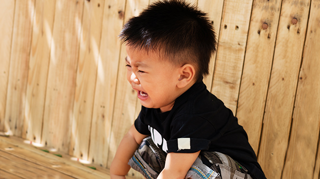 How to Deal With Toddler Tantrums in Public (You've Got This, Mom!)