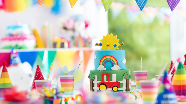3 Budget Options for a 1st Birthday Party (30 Adults and 20 Kids)