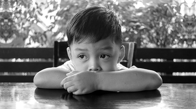 5 Stress Red Flags That Definitely Mean Your Child Needs a Break