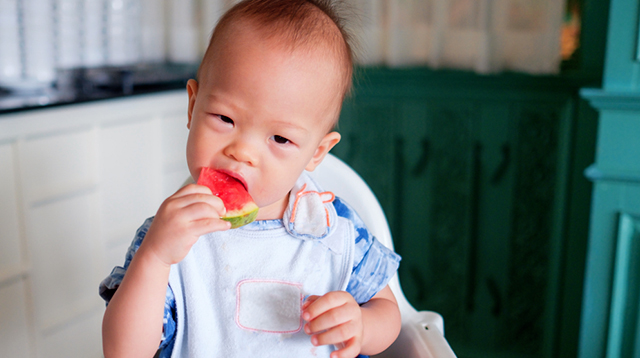 Soothe Baby's Teething Pain With These 10 Chilled Fruits and Veggies