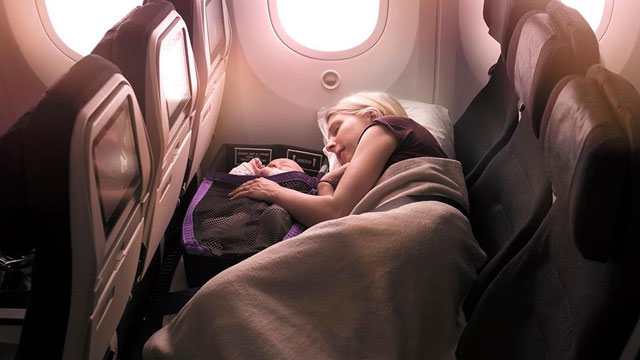 Mom and Baby Get to Sleep Side by Side in Economy Seats of This Airline!