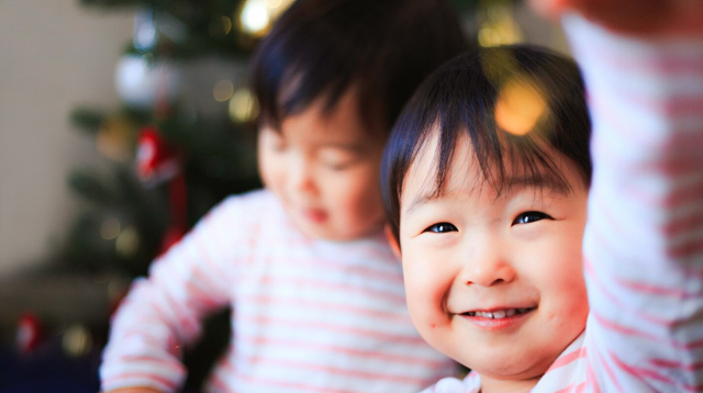 7 Ways to Celebrate Your Toddler's First Christmas Without Buying Gifts