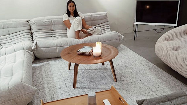Isabelle Daza's Living Room Features Must-See Designer Pieces