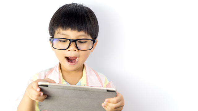 Brain Scans of Kids Who Frequently Use Gadgets Show a 'Thinning Cortex'