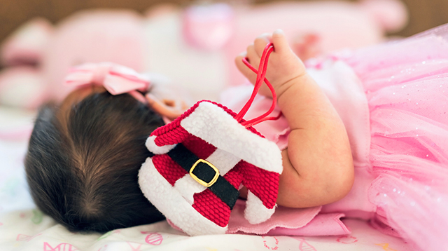 Don't Be Afraid to Lay Down These Holiday Rules for Your Newborn