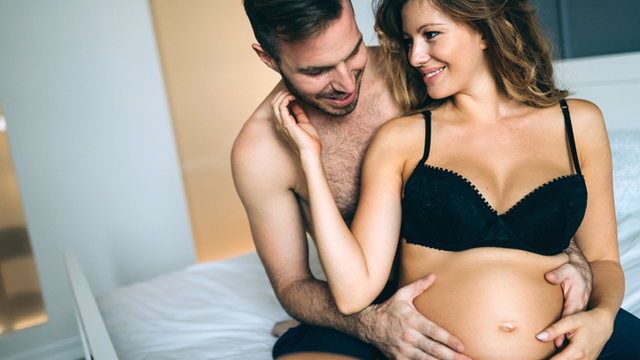Men, Here Are 6 Things to Remember When Having Sex With Your Pregnant Wife