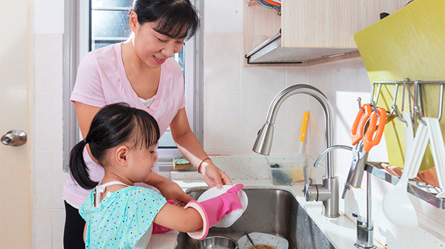Want Your Kids To Help in Household Chores? Apply This Method At Home
