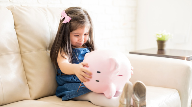 6 Kiddie Savings Accounts Moms Choose For Their Newborns (Savings And Insurance In One!)