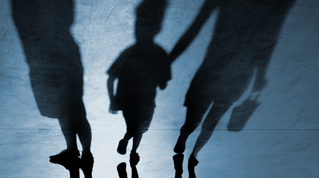 3 Ways You're Not Helping Your Child Deal With Stranger Danger