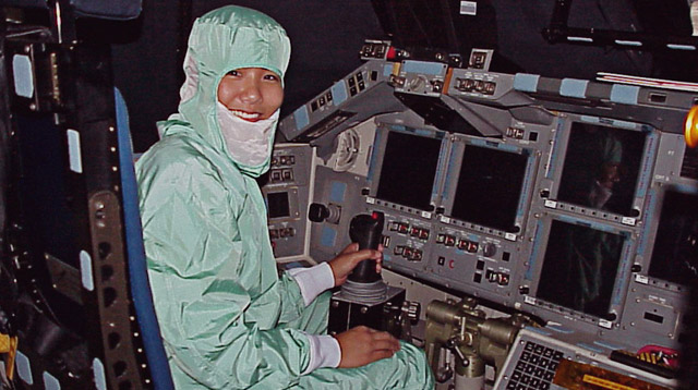 Meet the Filipina Engineer Who Struggled in Math But Now Works at NASA