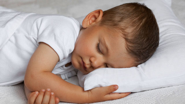 Baby Sleep Safety: When Can My Baby Use a Pillow?
