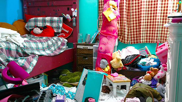 Interior Designer (and a Mom!) Shares Her Tricks to Get Rid of Clutter Fast!