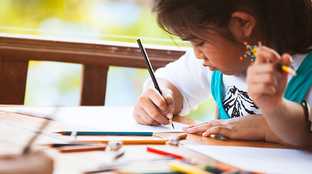 If Your Child Is Shy, This Fun Drawing Activity Will Help Boost His Confidence