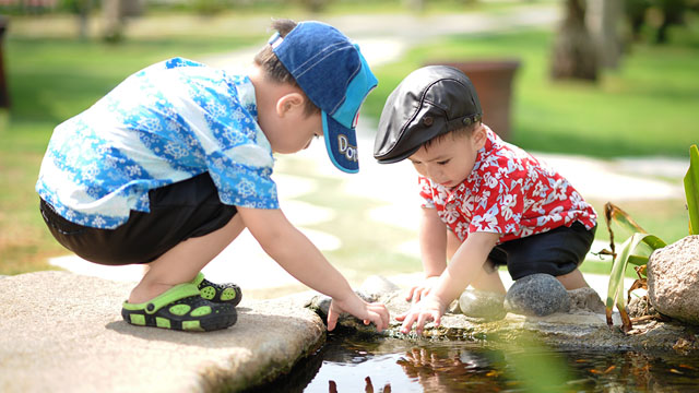 Clumsiness, Attention Deficit Often Seen in Kids Who Rarely Play Outdoors
