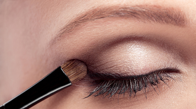 This Tutorial Will Be Handy if You Want to Define Your Eyes Using Makeup