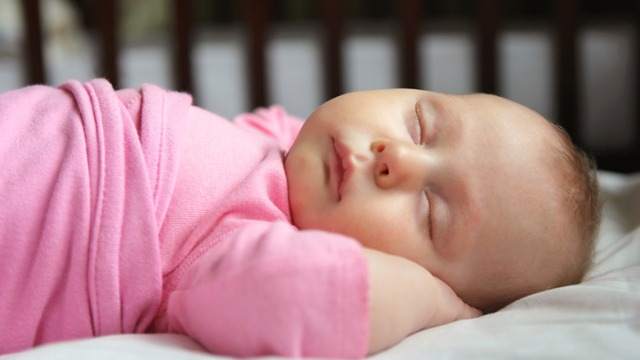 A Badly Designed Sleep Sack Can Do More Harm Than Good. Here's How to Spot One