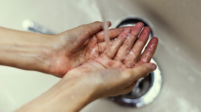 Can You Really Wash Your Hands With Dishwashing Soap or Liquid?