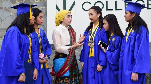 I Am a Muslim Who Graduated From an All-Girls Catholic High School