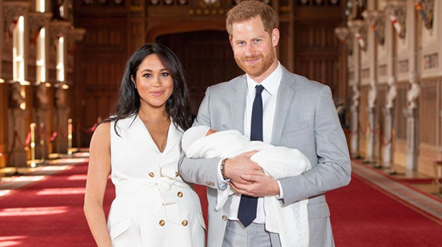 LOOK: The First Photos of Harry and Meghan's Baby Boy Are Here!