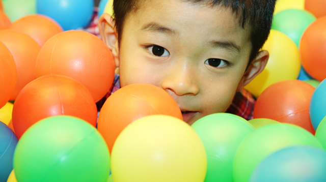 Kid Loves Indoor Playgrounds? Think Twice Before Taking Them to the Ball Pit