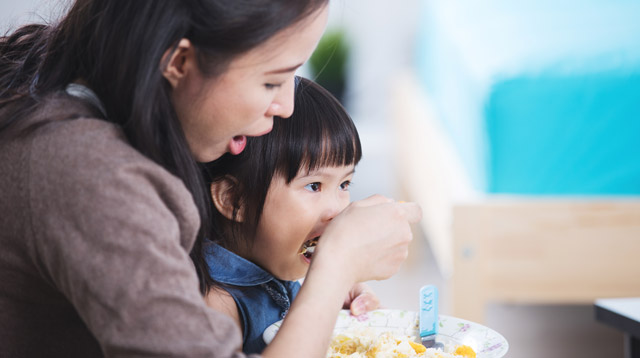 You Can Use A Tablespoon To Measure the Amount of Food Your Toddler Needs