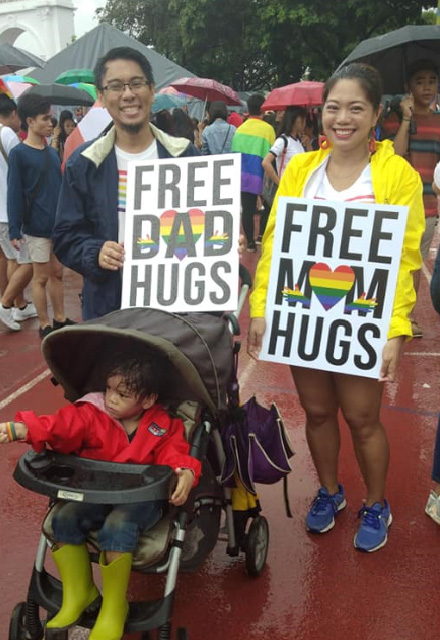 metro manila pride march free hugs