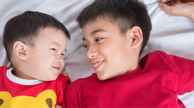 When Is the Right Time to Let Kuya or Ate Babysit Bunso? What You Need to Know
