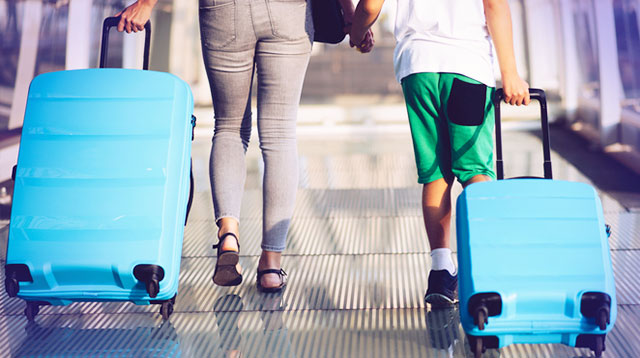Plan That Family Vacation! A New Law Gives Students 20% Discount on Airfare