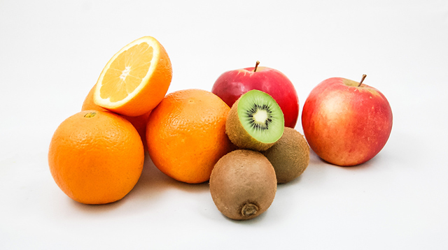 Best Snacks for Kids: A List of Fruits That Are Low (and High) in Sugar