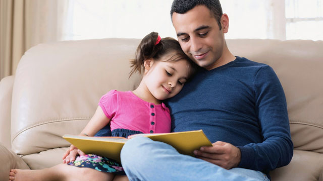Reading With Your Child Reduces 'Harsh Parenting,' Study Finds