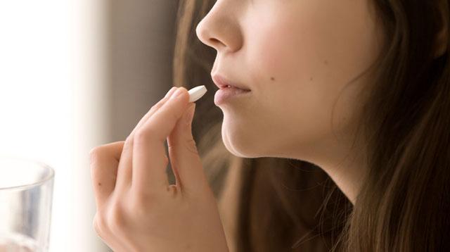 Mga Pinakamainam Inuming Vitamins sa Iyong 20s, 30s, 40s, 50s at 60s