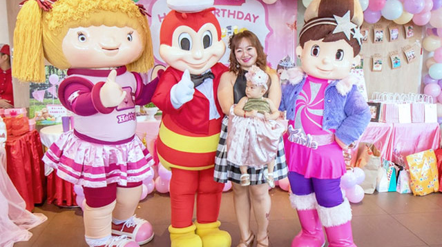 3 Jollibee Tipid Hacks from Smart Parenting Village Moms Starting at P11,334